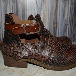 Blowfish Brown Faux Snakeskin Cutout Bootie Shoe 6